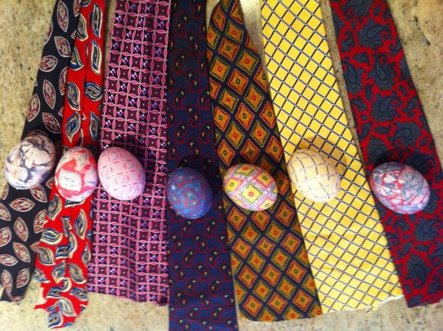 easter-egg-necktie
